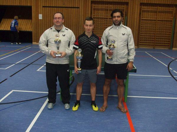 Sieger und Platzierte (v. links Markus Schmidt (2.) Lars Hosser (1.) und Taner Ölmez (3.).
